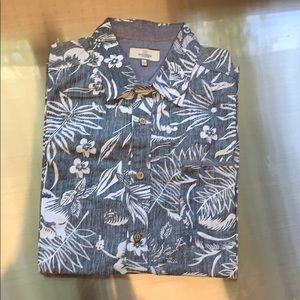 Burnside Hawaiian shirt sz large NWOT